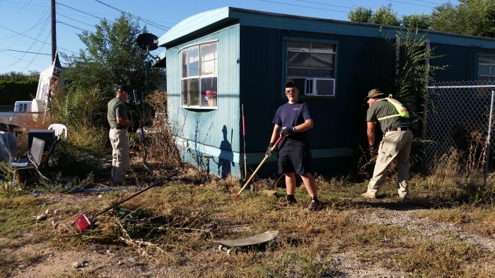 FPD Code Compliance Yard Cleanup 9-26-15 (13)