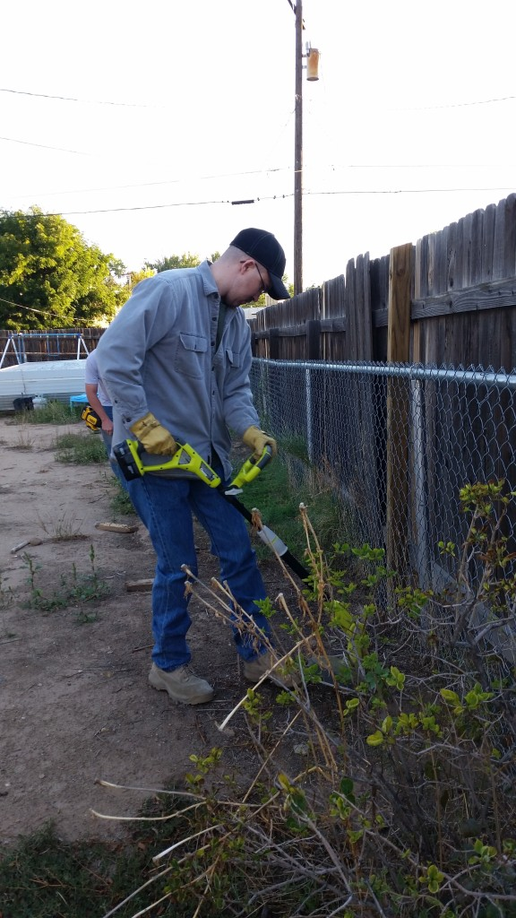 FPD Code Compliance Yard Cleanup 9-26-15 (2)